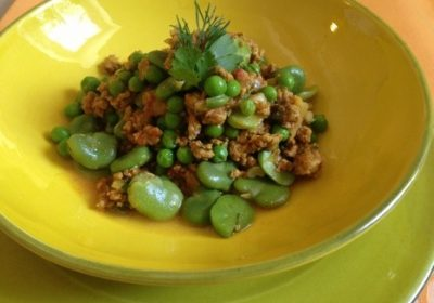 Poêlée de légumes verts et agneau à l'aneth et coriandre